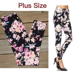 New Mix Plus size 12-18 black floral leggings new
